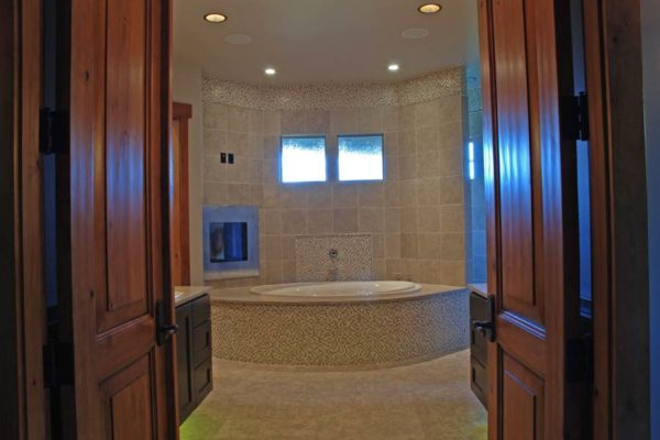 Master-Bathrooms-1