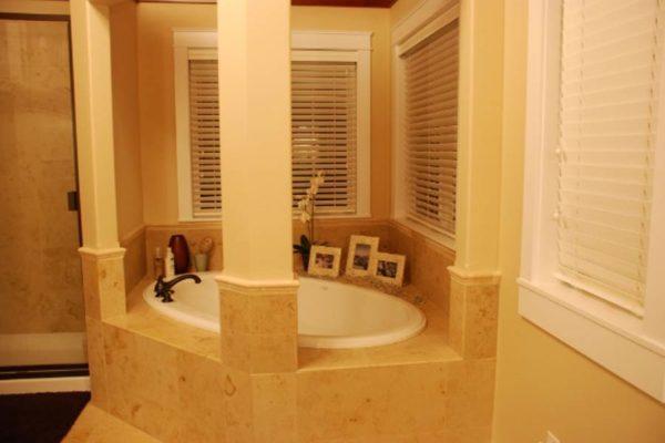 Master-Bathrooms-45