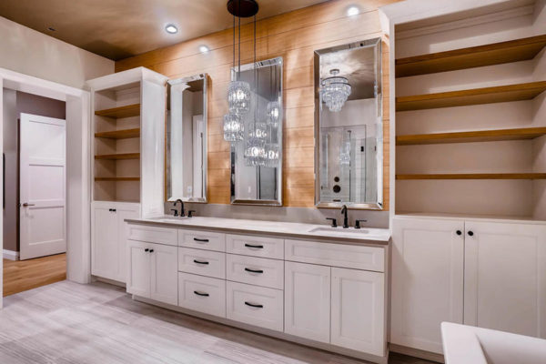 3624 Soundview Dr University-MLS_Size-027-41-Master Bathroom-1024x768-72dpi